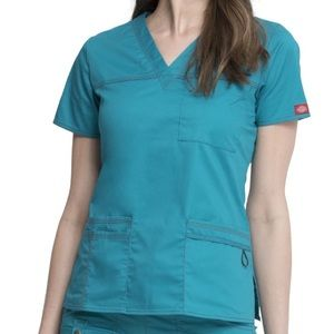 Gen Flex by Dickies Youtility Solid Scrub Top Teal